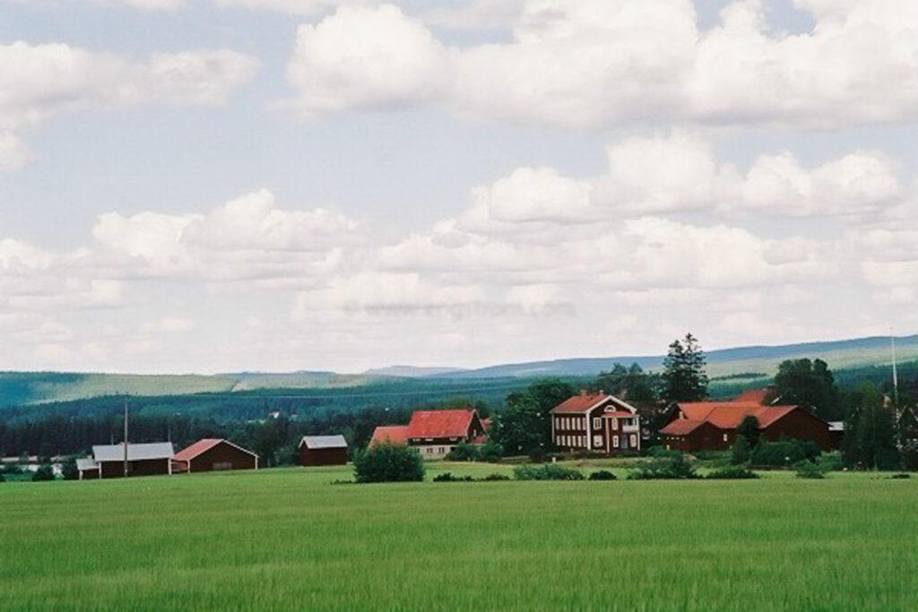 JE0206_14, Hälsingegårdar. Järvsö sommaren 2002, Jonas Engström
