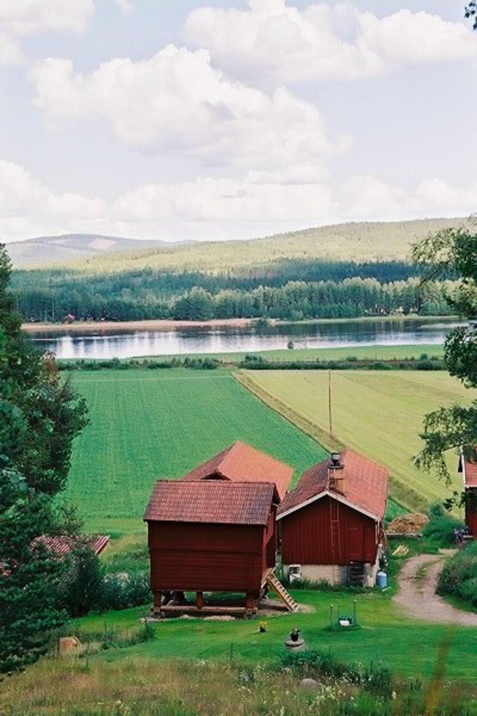 JE0206_22, Hälsingegårdar. Järvsö sommaren 2002, Jonas Engström