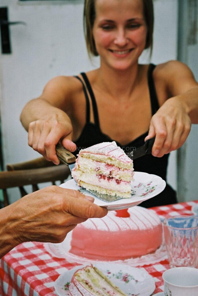 JE0317_23, Tårta på Kärrbacken sommaren 2003, Jonas Engström
