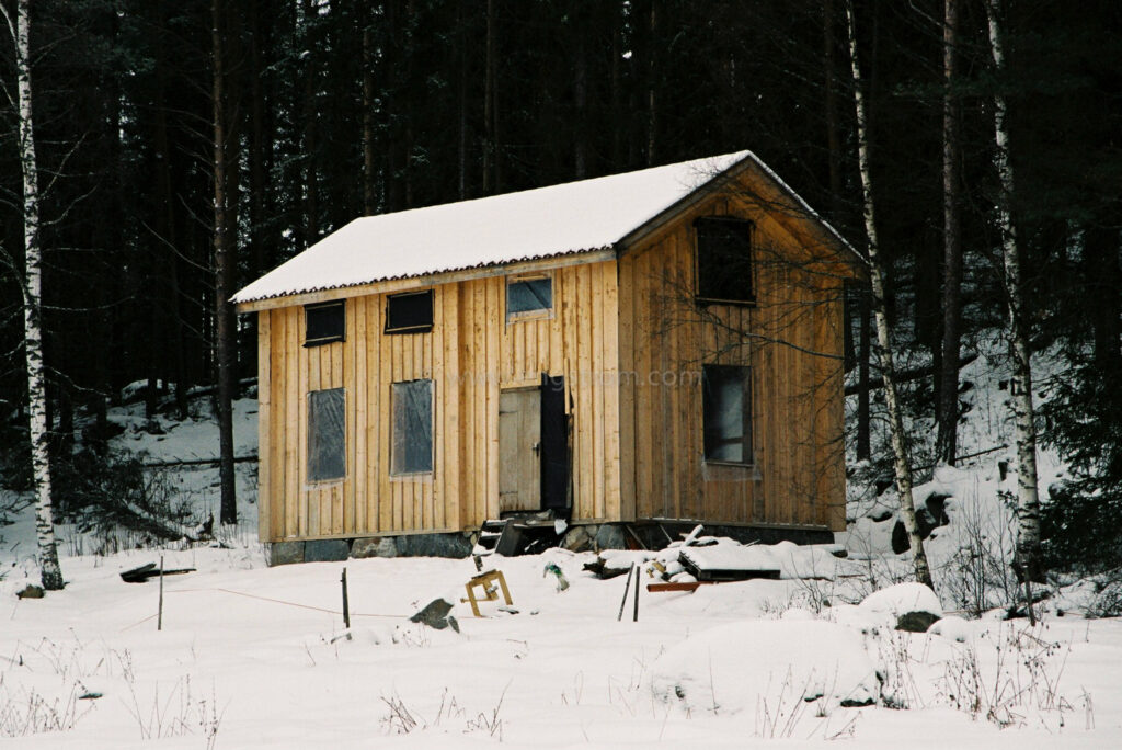 JE0400_008, Under byggnation. Hälsingland vintern 2004, Jonas Engström