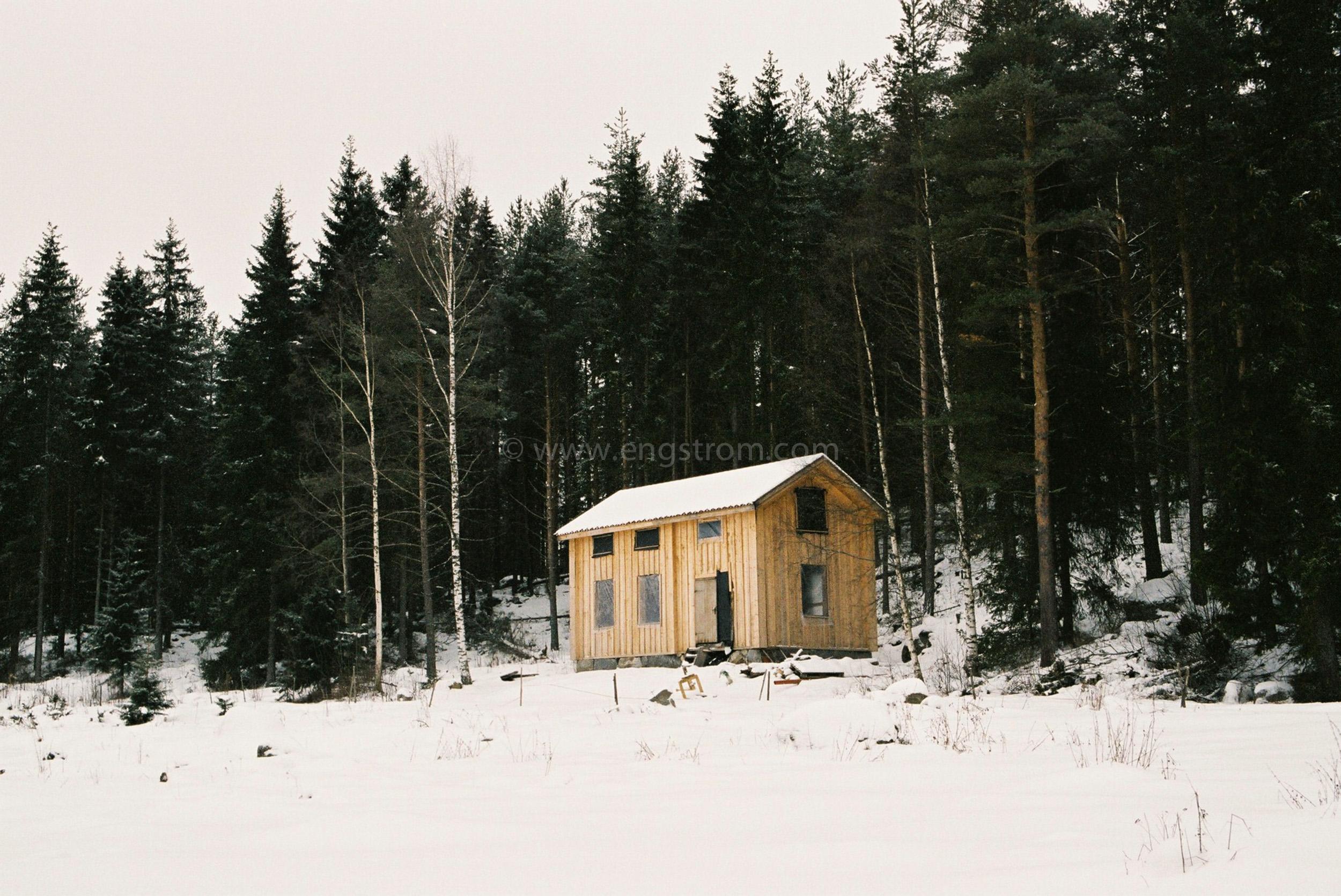 JE0400_009, Under byggnation. Hälsingland vintern 2004, Jonas Engström