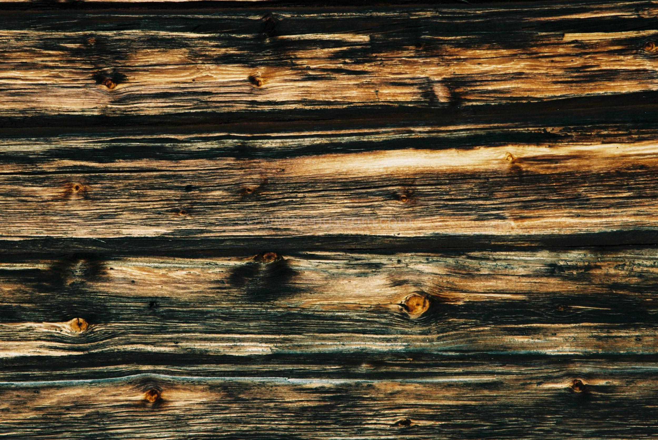 JE0400_062, Solbränt timmerhus. Ranvall vintern 2004, Jonas Engström