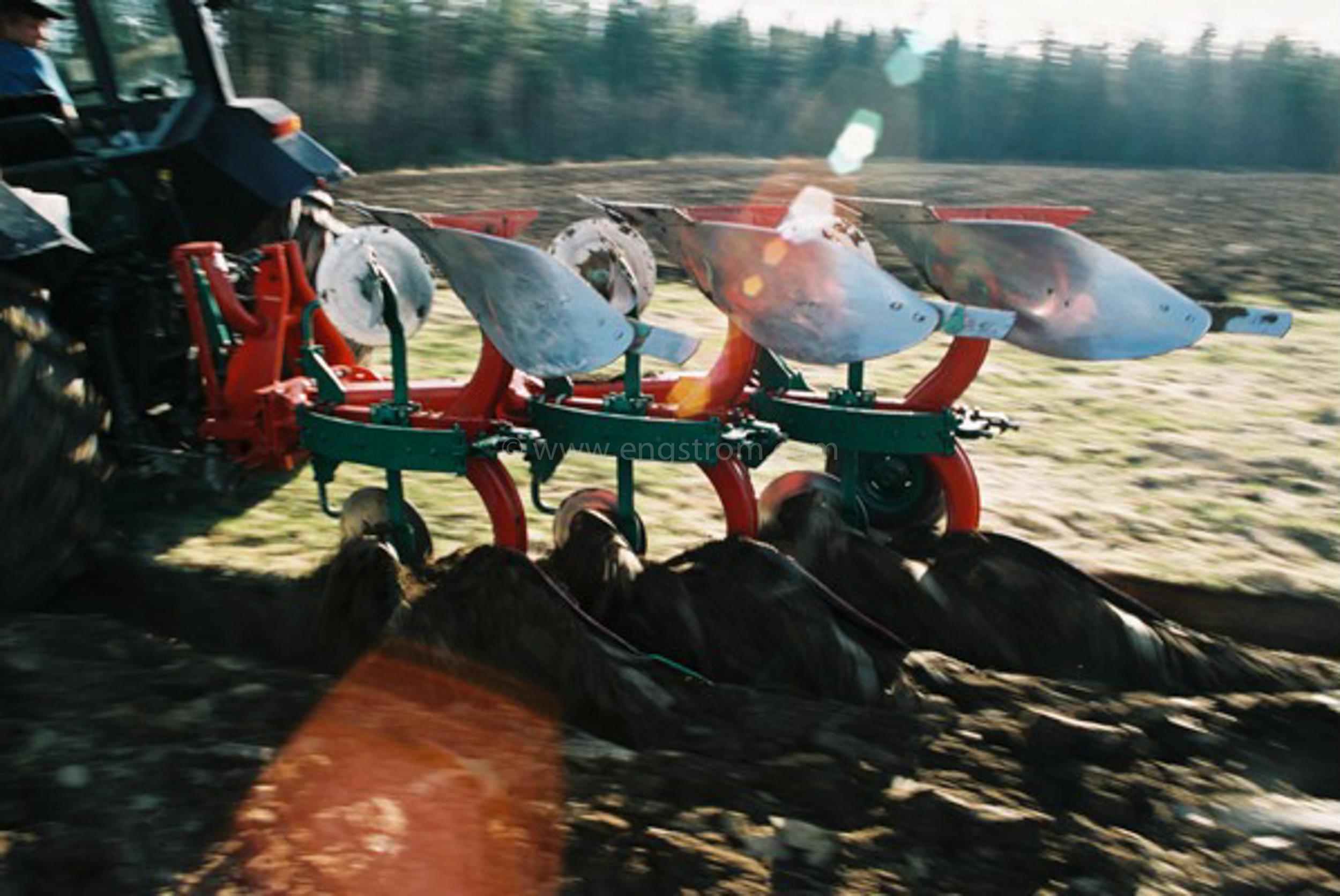 JE0405_46, Vallbrott på våren. Stocksbo våren 2004, Jonas Engström