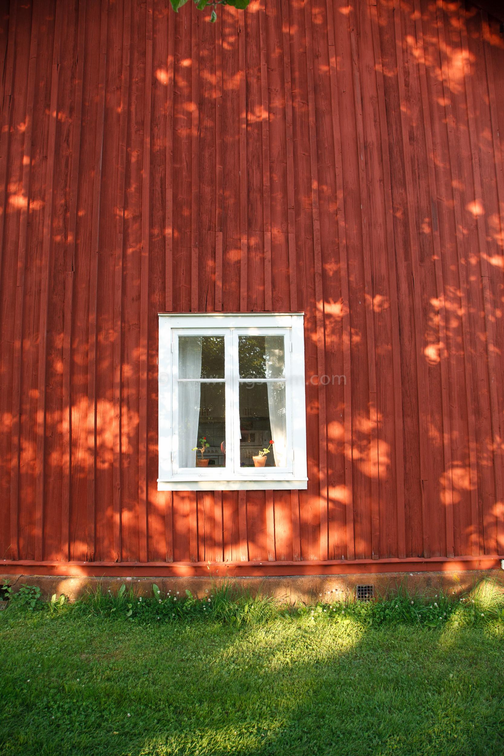 JE_20110707-192929, Falurött hus, Jonas Engström