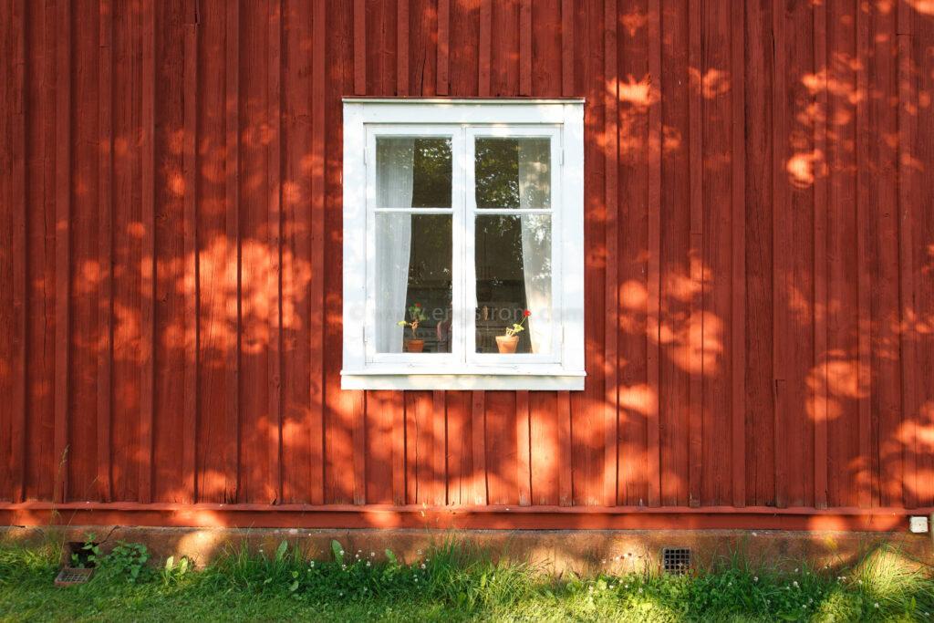 JE_20110707-192939, Falurött hus, Jonas Engström