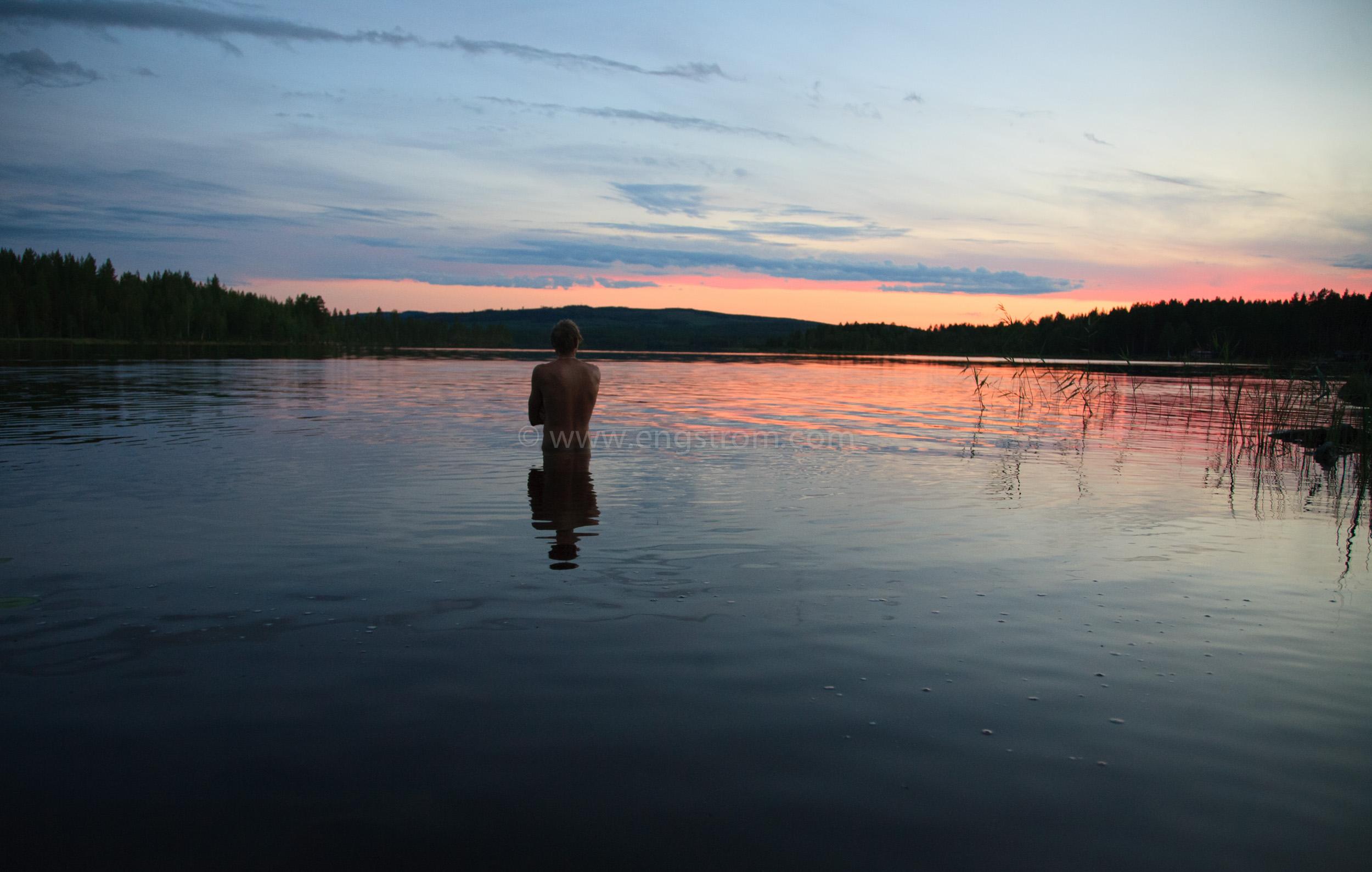 JE_65097, Ett sent kvällsbad, Jonas Engström