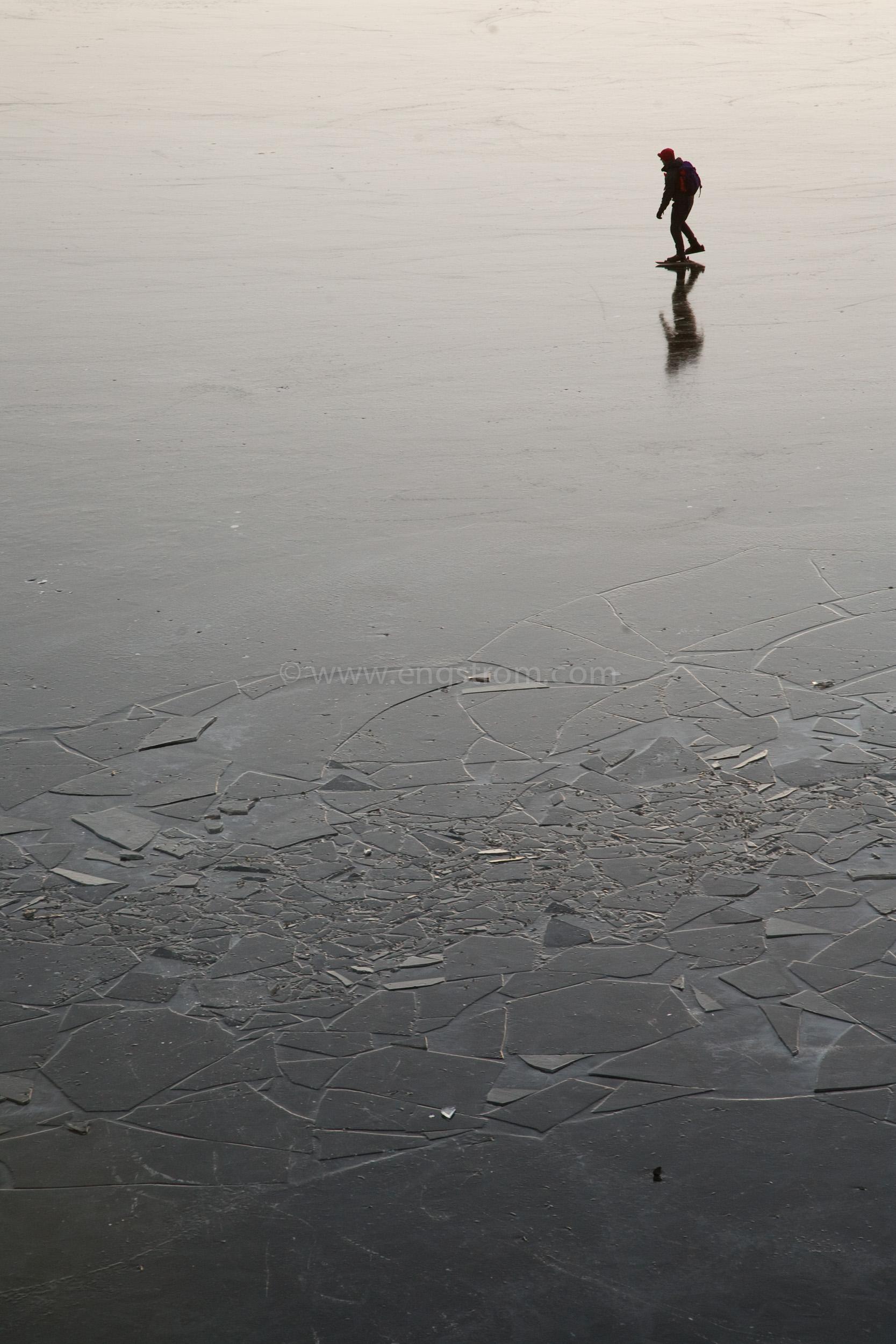 JE_70119, Långfärdsskridskor på fin blankis, Jonas Engström