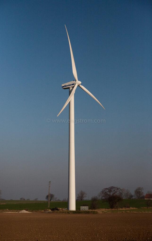 JE_72484, Vestas vindkraftverk på jordbruk, Jonas Engström